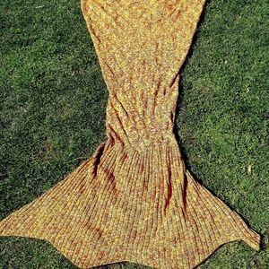 Diamond Pointelle Mermaid blanket